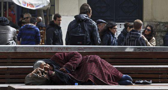 Datos Eurostat:  La pobreza golpea duro en el Sur de Europa desde el inicio de la crisis   Economía   EL PAÍS