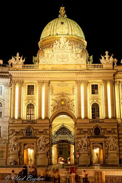 Hofburg - Kaiserappartements & Sisi Museum & Silberkammer