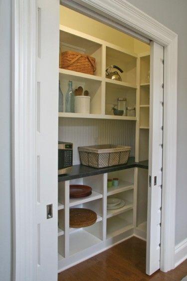 Master Foyer with Walk-in Closet (HWBDO76011) | Tudor House Plan from BuilderHousePlans.com