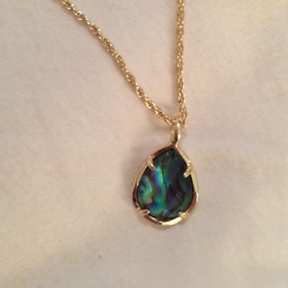 Kendra Scott Abalone Shell Kiri Necklace Kendra Scott Abalone Shell Kiri Necklace Kendra Scott Jewelry Necklaces