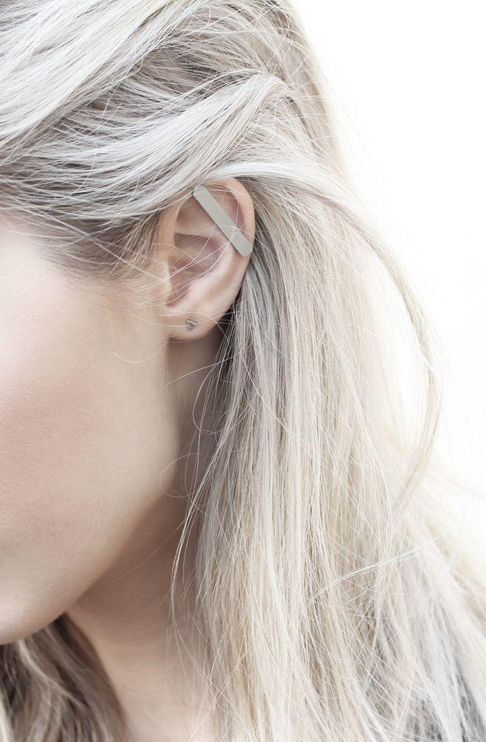 grey metallic ear bar