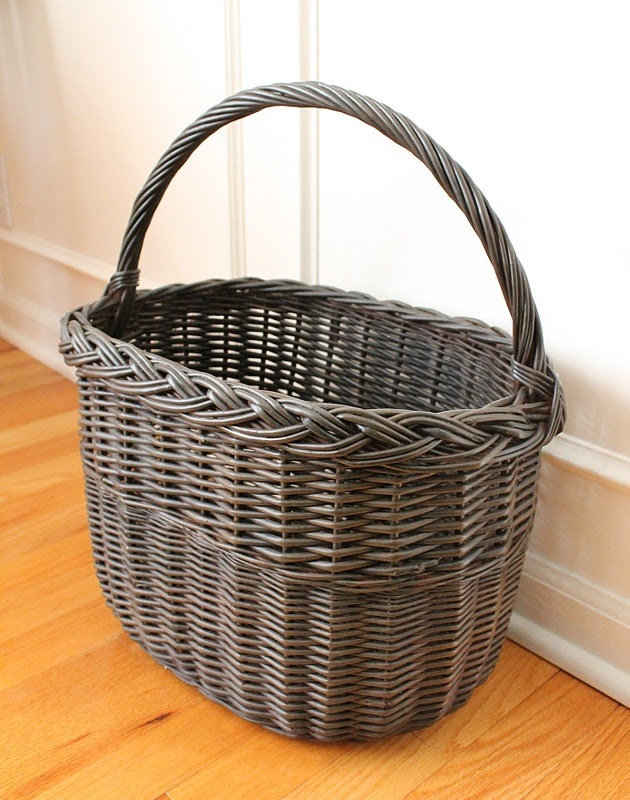 Tallgrass Design: Painting Wicker, from white to dark brown