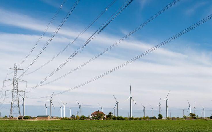 O próximo Leilão de Linhas de Transmissão será realizado no dia 24 de abril, na sede da BM&FBovespa, em São Paulo. A Agência Nacional de Energia Elétrica (Aneel) publicou o edital no Diário Oficial da União para o certame de concessões para construção, operação e manutenção de 7.400 Km de novas linhas de transmissão em 20 estados, divididos em 35 lotes. A agência prevê investimentos na ordem de R$ 13,1 bilhões e Receita Anual Permitida (RAP) máxima de R$ 2,7 bilhões. A instituição também…