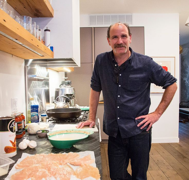 Cooking with Caputo: OITNB's Nick Sandow Makes Chicken Parmesan from InStyle.com