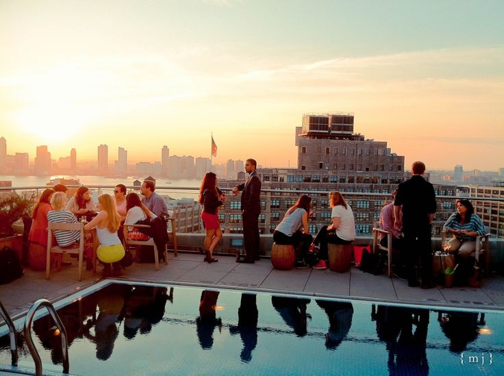 9 Spectacular Rooftop Bars You Need to Hit Up for NYC Happy Hour ASAP
