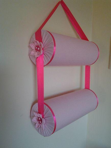 Suporte duplo para colocar tiaras, pode ser feito em outras estampas tambem. Cada parte mede 40cm. Frete por conta do cliente.