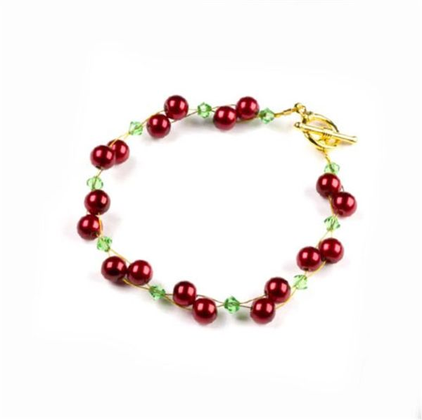 Christmas Berry Bracelet - Instructions Here: http://www.primabead.com/Christmas-Berry-Bracelet-P7258.aspx?source=pinterest