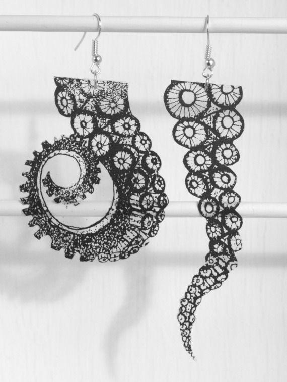 """Boucles graphiques asymétriques """"tentacules de pieuvre"""" en sérigraphie"""