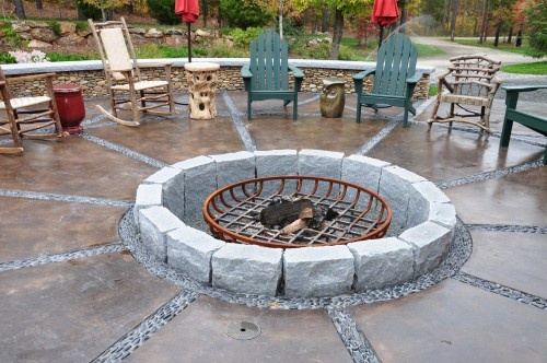 17 best images about new backyard patio on pinterest for Fire pit on concrete slab