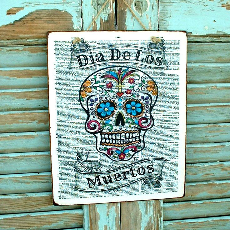 Dia de los muertos! Vintage sign made of MDF wood. You can hang it on your wall, door, cupboard or anywhere else. Dimesnions 19,5x24,5 cm and 0,4 cm thick.
