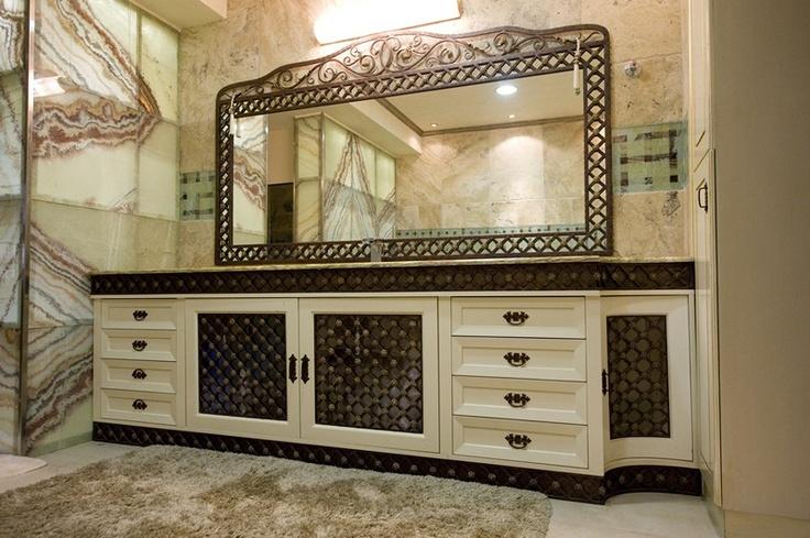 Wrought iron bathroom set