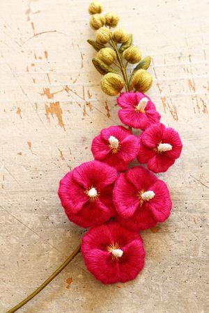 Felt embroidery mallow フェルト刺繍のマロウ by PieniSieni