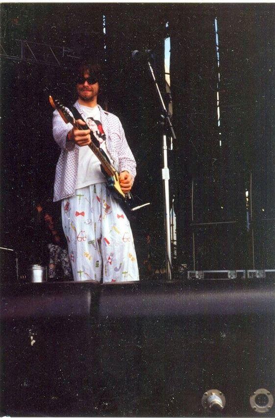 Fãs de Nirvana disponibilizam fotos inéditas da banda no Brasil  / 1993 - Unseen - Rare