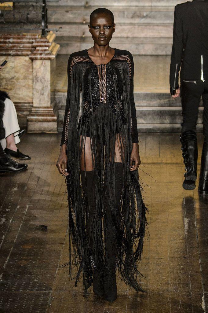 Julien Macdonald Fall 2016 Collection   POPSUGAR Fashion
