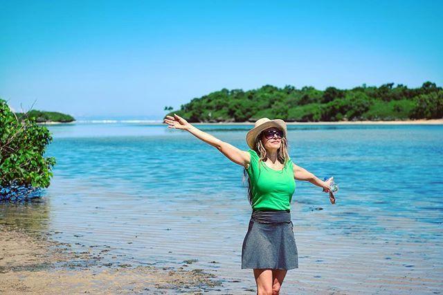 Enjoying the sun in Fiji....     #travelphotography #travel  #igdaily #igtravel #pictoftheday #instamood #instalike #theimaged #global_hotshotz #beautifuldestinations #passionpassport #earthpix #createexplore #awesome_earthpix #worldshotz #passionpassport #awesome_earth #xt1 #fuji #bestvacations #wonderfulplaces #fantastic_earth #fiji #fijivacation #beach #woman #ocean #igrefined #wife #greenshirt