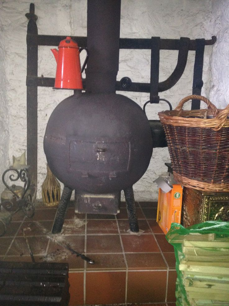 Stylie stove made out of a steel trawler net bobbin in Kerry by rockhopper stoves