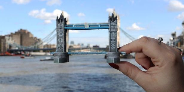Hold on to Your London Vacay with 3D Printed Miniatures from the Dremel 3D Idea Builder  The allure of London one of the worlds most famous and well-loved cities is never-ending. For those of us from other areasand especially the USthis historical city is fascinating because it is enduring and... View the entire article via our website. http://ift.tt/1X6HC64