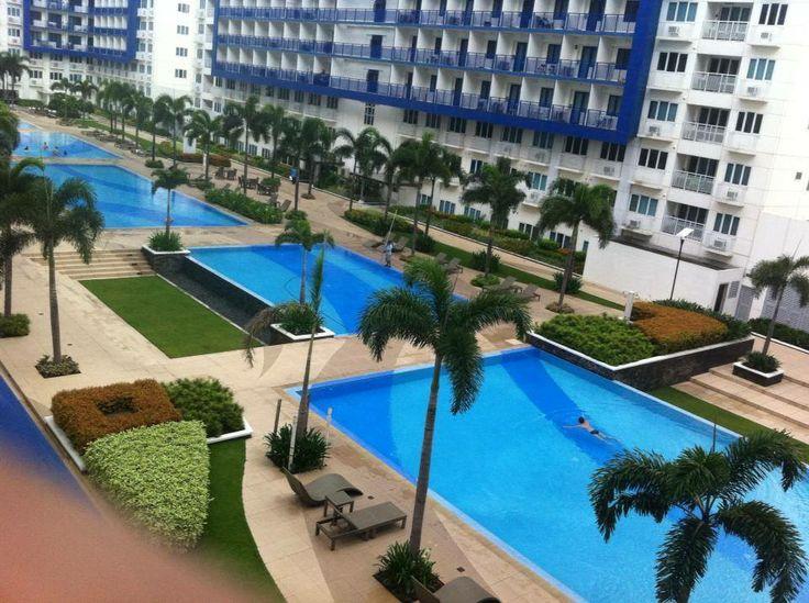 Sea Residences swimming pool photo credit: Mr. Darwim