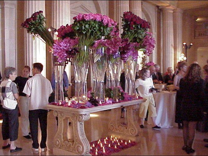 Chelsea Clinton\s wedding arrangements created by Ogden florist