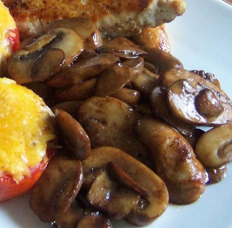 Easy Sautéed Mushrooms. So simple but seriously. Yum. Just used the recipe on my veggie pizza