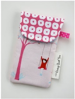 iPhone Pouch Tutorial --- great gift idea