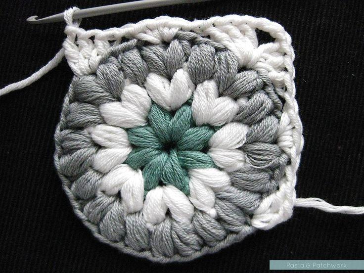 Crochet Triple Granny Squared - Tutorial ❥ 4U hilariafina http://www.pinterest.com/hilariafina/