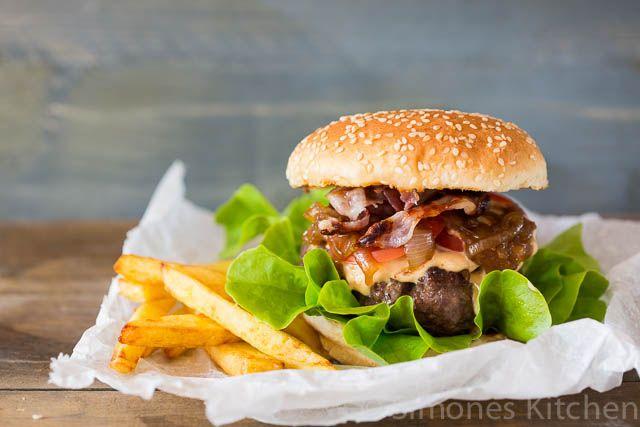 Broodje hamburger | simoneskitchen.nl