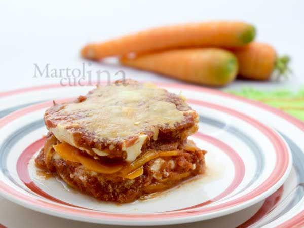 PARMIGIANA DI CAROTE E STRACCHINO #parmigiana #carote #stracchino #vegetariana #piattounico #ricettafacile #microonde #secondo #contorno