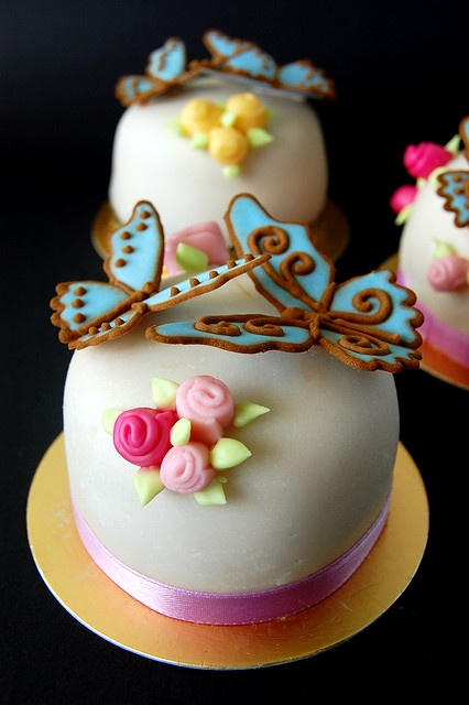 Lovely Mini Cake