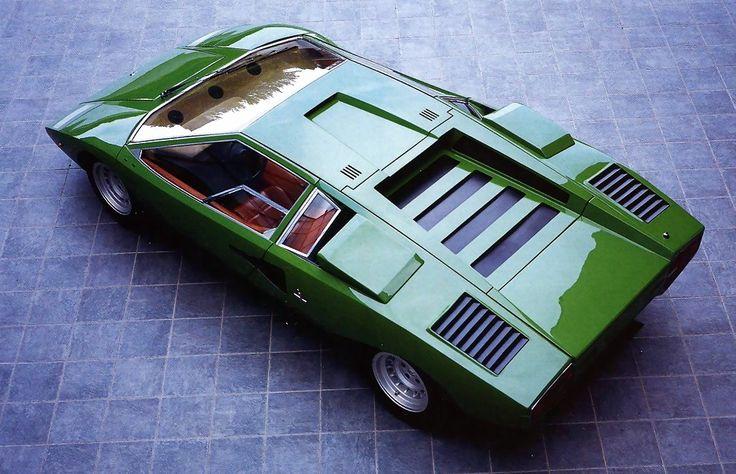 Lamborghini Countach LP400.