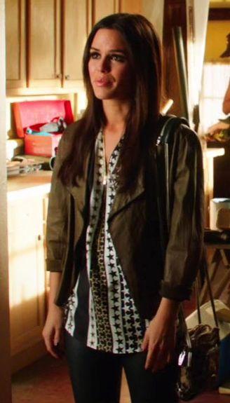 """Zoe Hart wears a Sandro Epicure Silk Blouse on Hart of Dixie """"Ring of Fire"""". Shop it: http://www.pradux.com/sandro-epicure-silk-blouse-27557?q=s24"""
