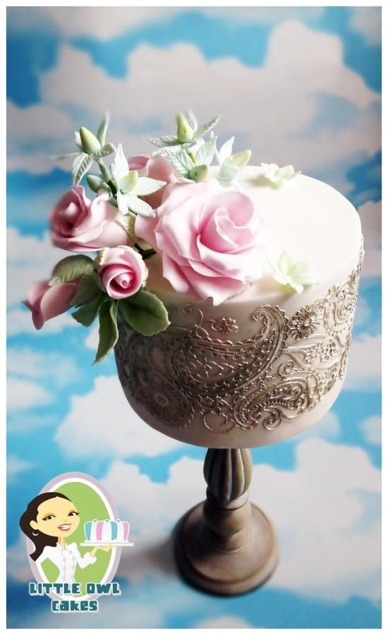 Wedding Cake by Sylwia Jozwiak - http://cakesdecor.com/cakes/237898-wedding-cake