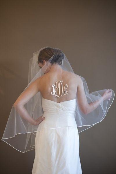 Monogrammed veil! Cute idea!