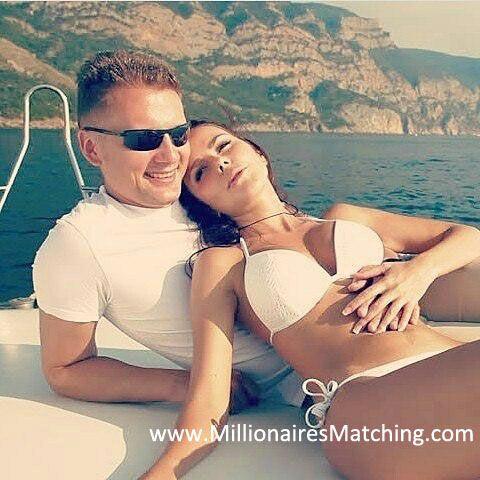 who is matt smith dating