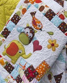 """Детское лоскутное одеяло """"Веселая суета"""" - в горошек,детское одеяло,для новорожденных"""
