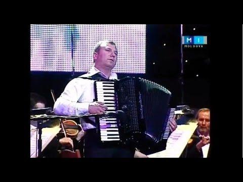 "Waltz ""Paris cascade"". Concert in the National Palace ""Păstrați iubirea"" (""Keep love""). 15.05.2011.  Symphonic orchestra of the national Philharmonic «Sergei Lunkevich». Conductor - Alexander Samoile. Accordion - Vitalie Advakhov."