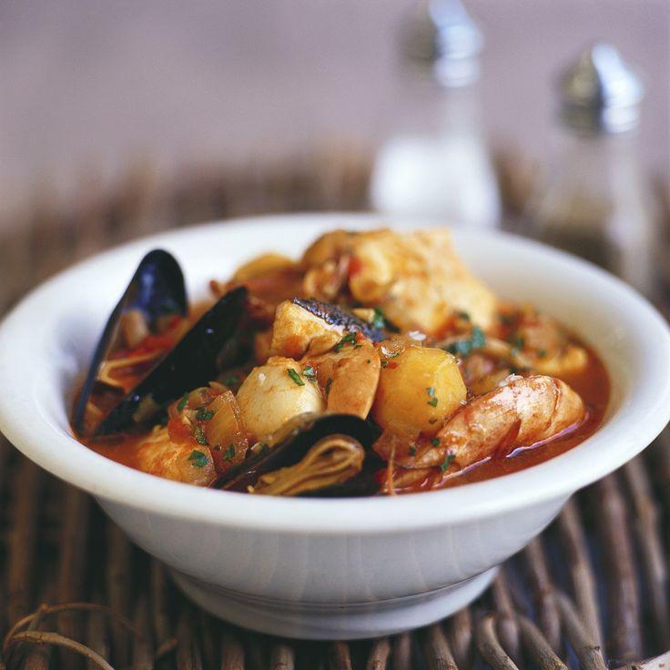Stoofpotje van zeevruchten http://www.njam.tv/recepten/stoofpotje-met-zeevruchten