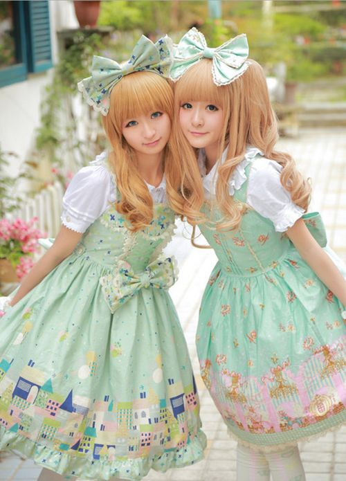 sweet matching lolita dresses <3