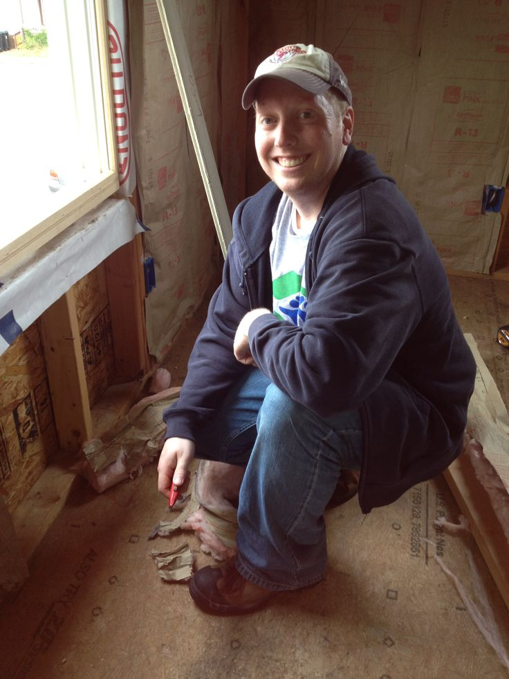 Jason from AH at the @Habitat BurlingtonNJ  build today! #communityservice #socialresponsibility