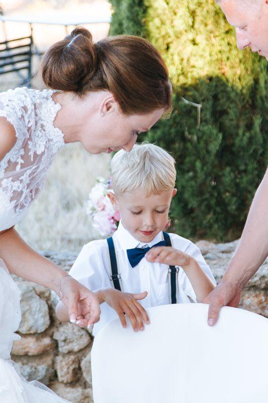 June 2015: Little Oliver!  http://blog.beautifulwedding.no/elin-og-eivind-26-06-2015/