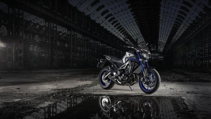 2015 Yamaha MT-09 Race Blu
