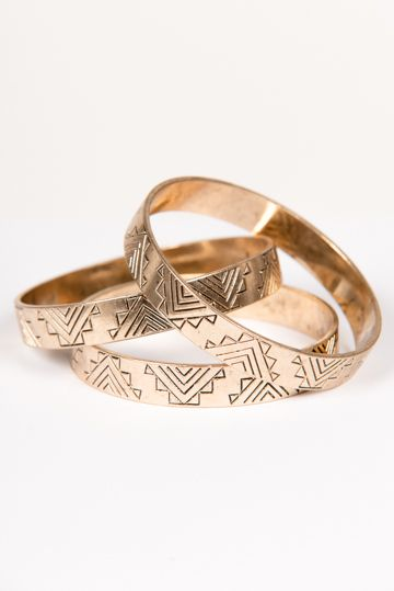 Can you say adorable?! These aztec bangles are a must-have for everyone's wardrobe this summer!