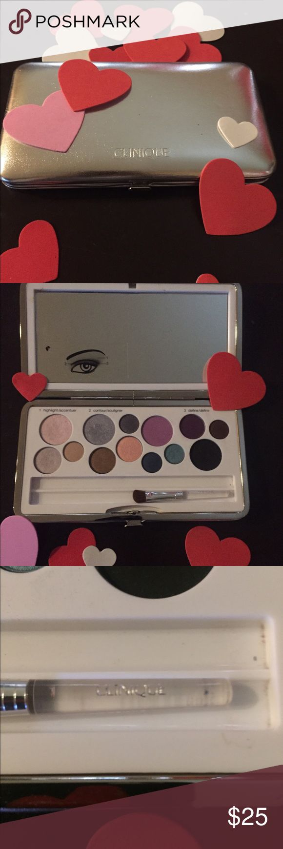 Clinique makeup palette of eyeshadows💕 NWOT, Clinique eye shadows 3 steps: highlight, contour, and define! Various shades for everyone;) there is only one applicator brush, I really don't know where they went! Other than that, excellent condition, I never used it! Clinique Makeup Eyeshadow