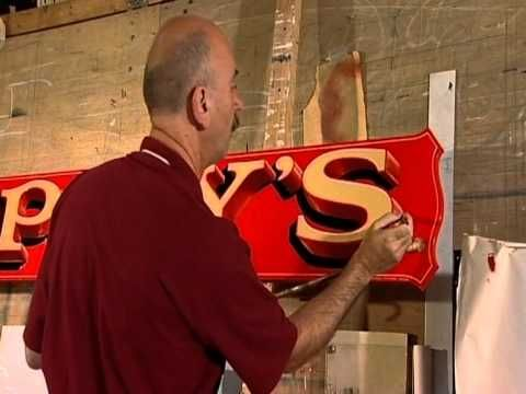 Tomás Tuipéar master signwriter: Hand painted amazing 3D sign. Wish this video was longer. Love these letters!