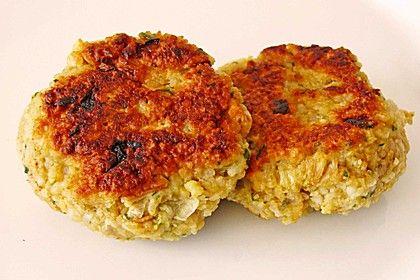 Raffiniert gewürzte Reis-Haferflocken-Frikadellen