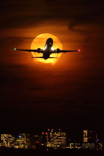 737 taking off from EHAM Schiphol at moonrise. by nustyR AirTeamImages, via Flickr