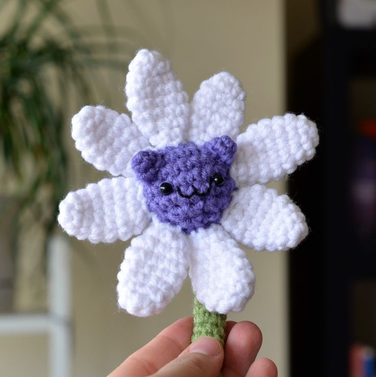 Is that a...Cat Flower Too cute, Patterns and Crochet cats