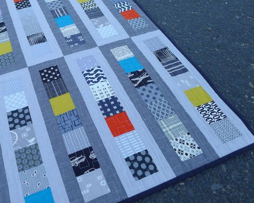 http://www.ohfransson.com/oh_fransson/2012/09/modern-patchwork-baby-roller-rink-quilt-is-finished.html   ....    ......  P1030014