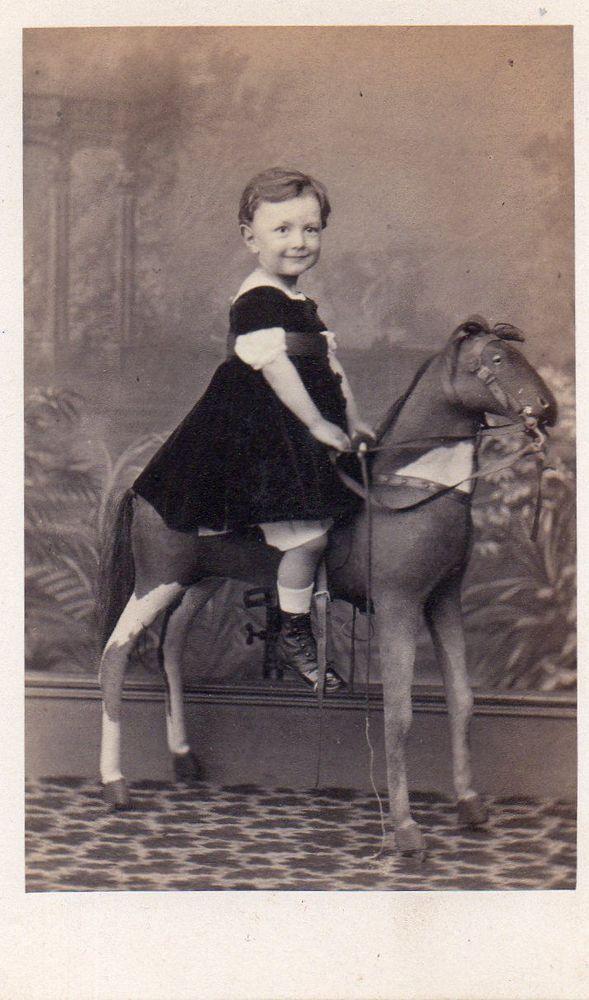 Carte de visite cdv albumine albumen, Durand Lyon, enfant mode jouet cheval bois