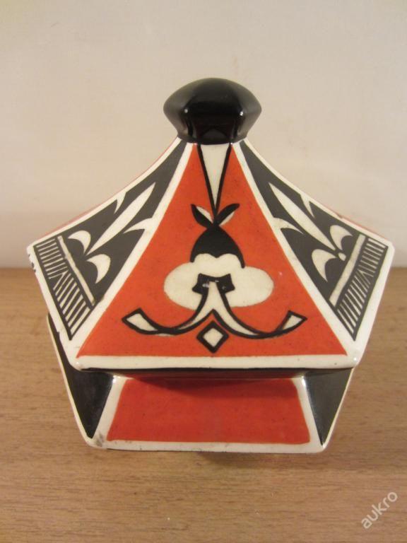kubistická doza keramika návrh Pavel Janák pro Artěl, pr 13 cm, výška - 12,5 cm,